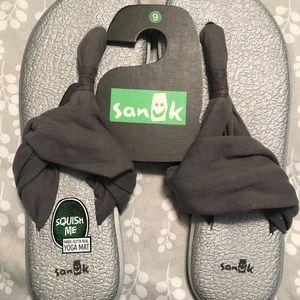 Yoga shoes 👟